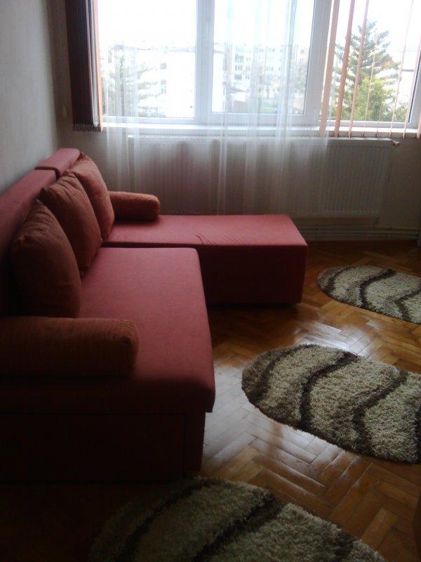 Apartament 2 camere decomandat, zona Balcescu