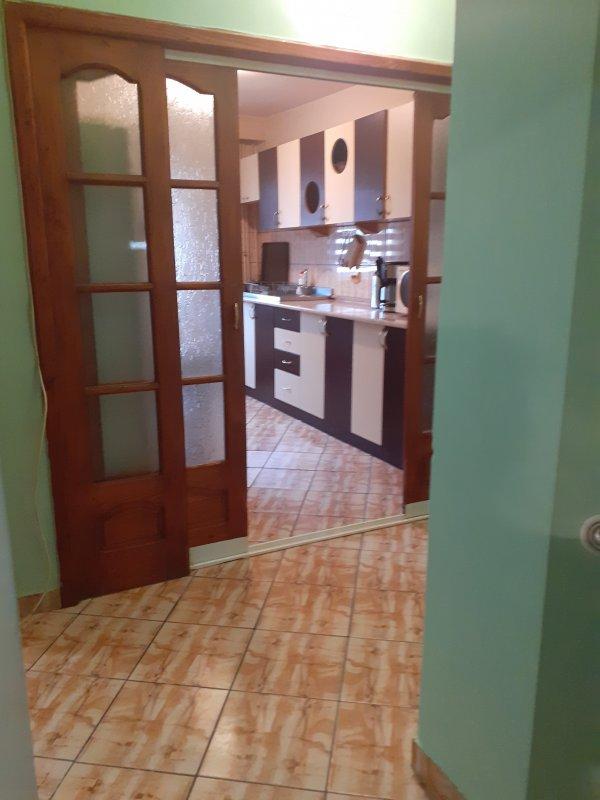 Apartament 4 camere decomandat, zona Liliacului, 2 bai
