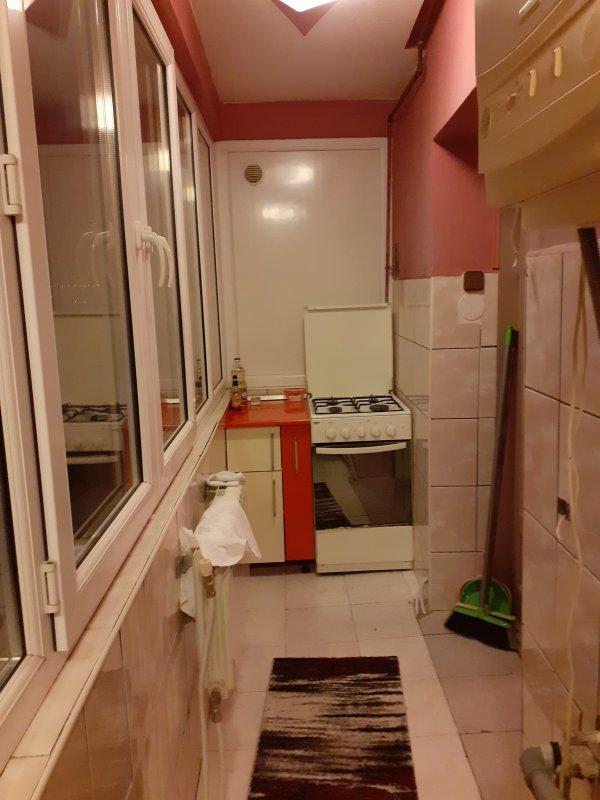 Apartament 2 camere decomandat, zona Decebal, mobilat