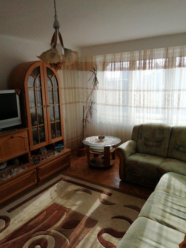 Apartament 3 camere decomandat, zona Licee